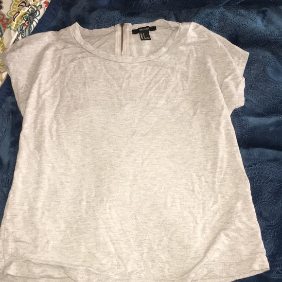 Forever 21 Tops - Forever 21 Grey T-shirt Small